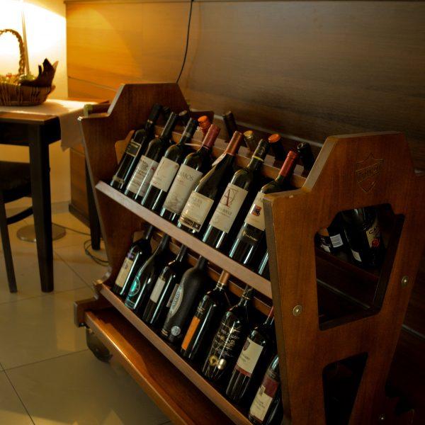 Виното в ресторант Фантазия