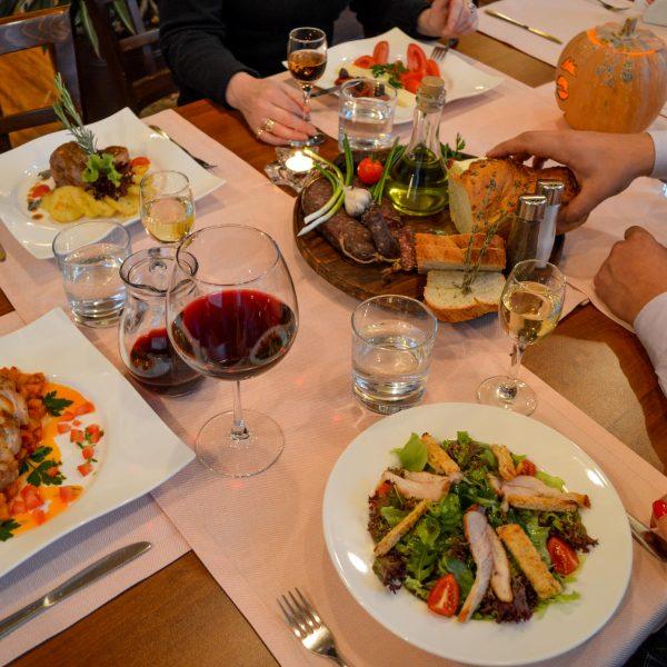 Вкусна храна в ресторант Фантазия