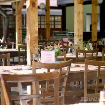 Ресторант Фантазия лятна градина